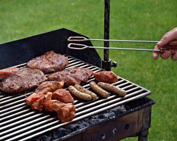 Jak dobrze wyczyścić i zakonserwować grilla?