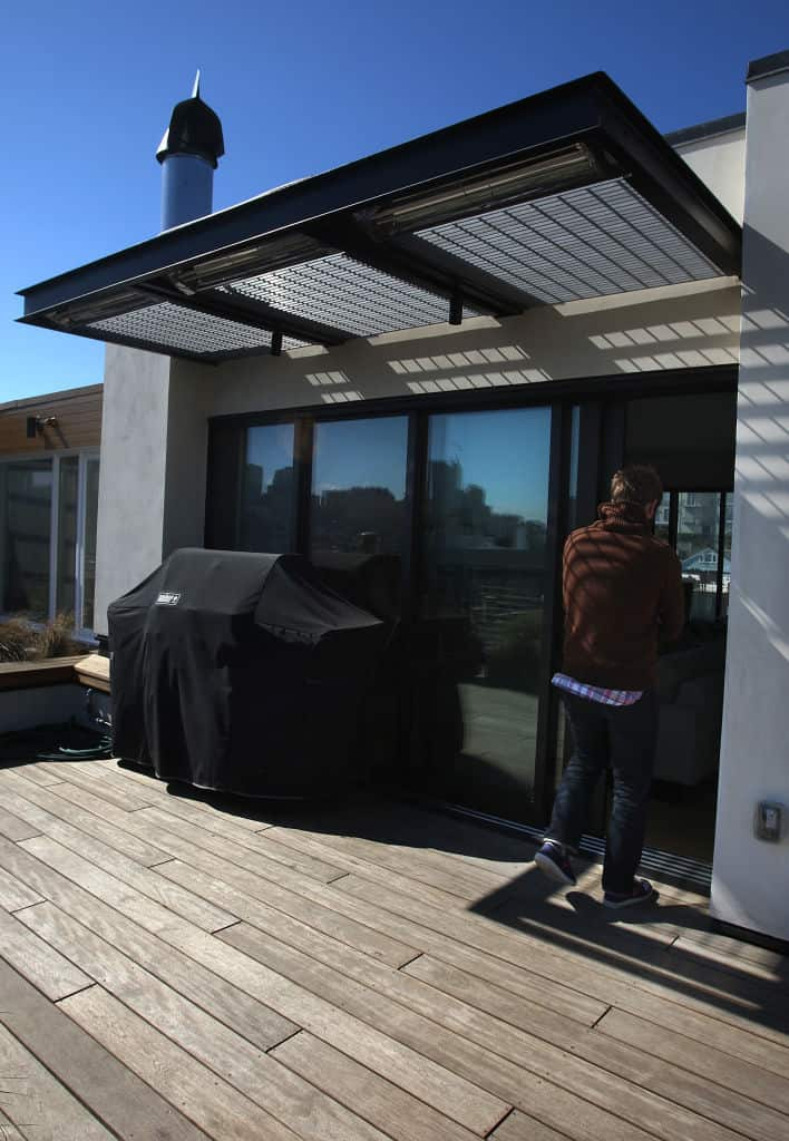 szklany dach nad tarasem