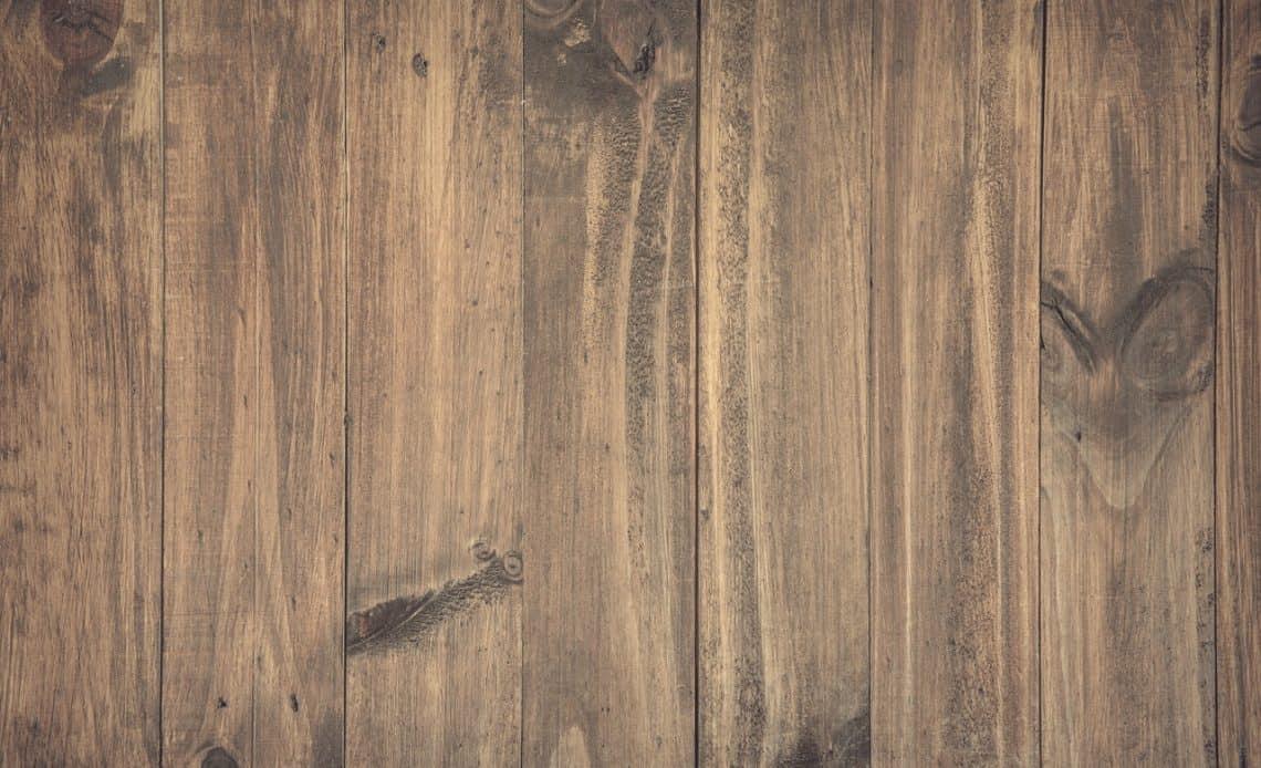 Jak zabezpieczyć drewno na zewnątrz?